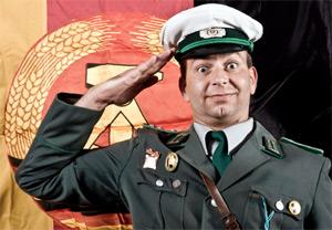"DDR Ostalgie Dinnershow ""Seid Bereit!"""